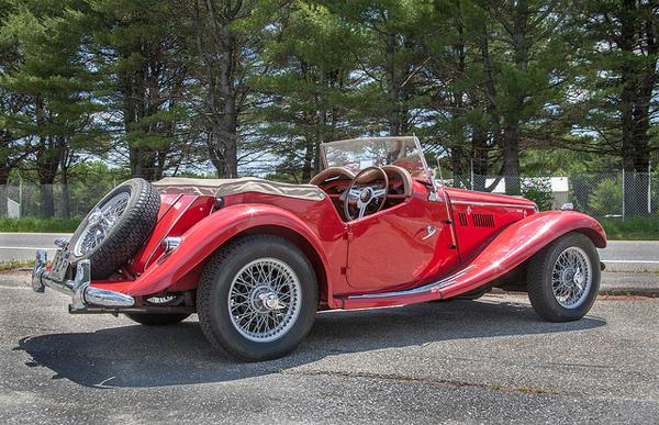 Classic Red Morgan