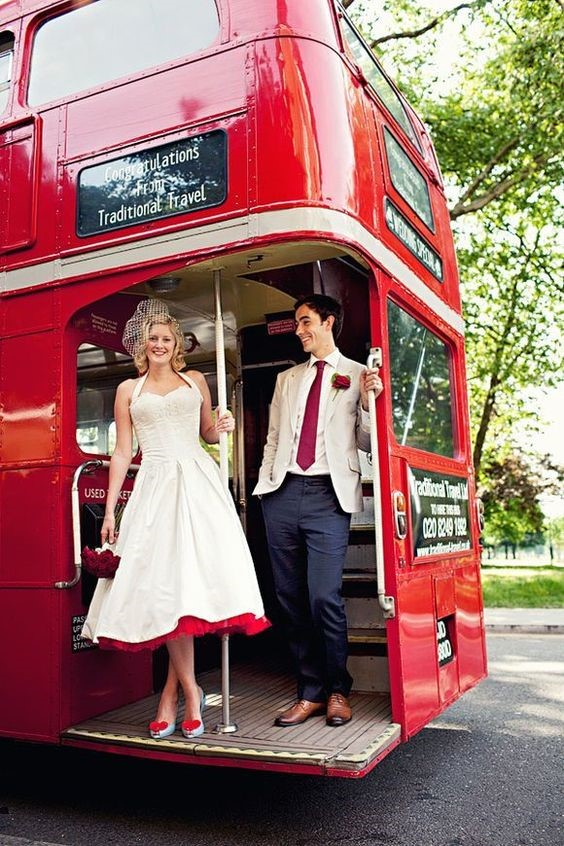 Wedding - Traditional bus