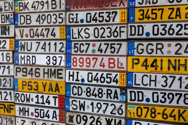 How to Come up with Personalised Number Plate Ideas